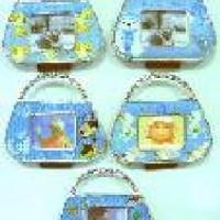 Рамка  МИНИ-магнит пластик СУМОЧКА 303 (1/24/480)