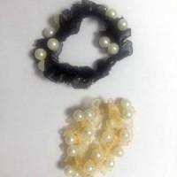 Набор резинок д/волос из 2-ух шт жемчуг,ткань черные (160)RV3