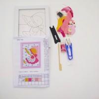 Набор д/творчества R018 13*18 ДЕВОЧКА(плакетка+ткань,пинцет+ножницы)